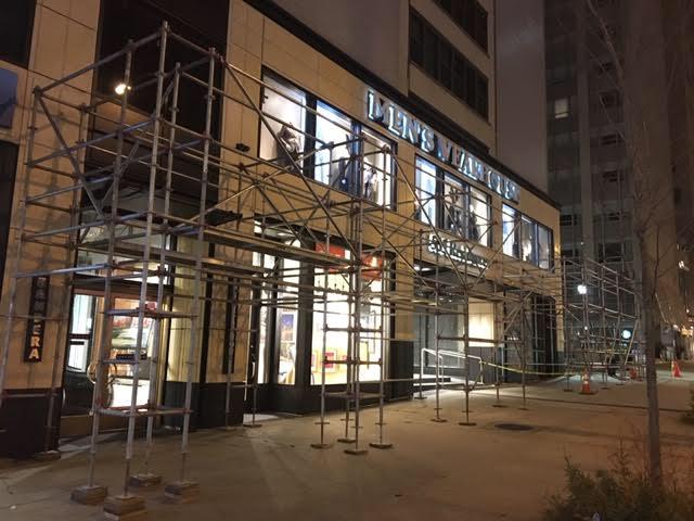 535 N. Michigan scaffold