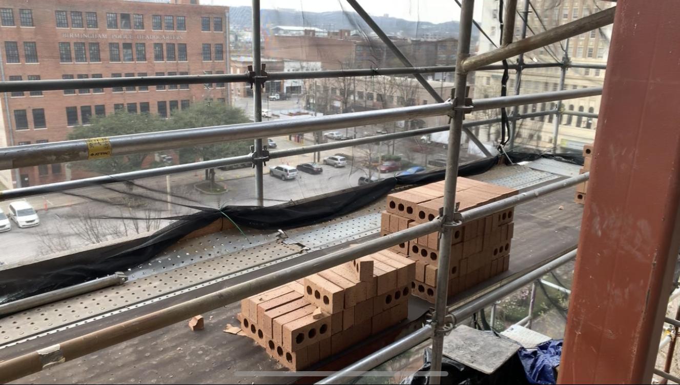 Ferguson Building scaffold 2