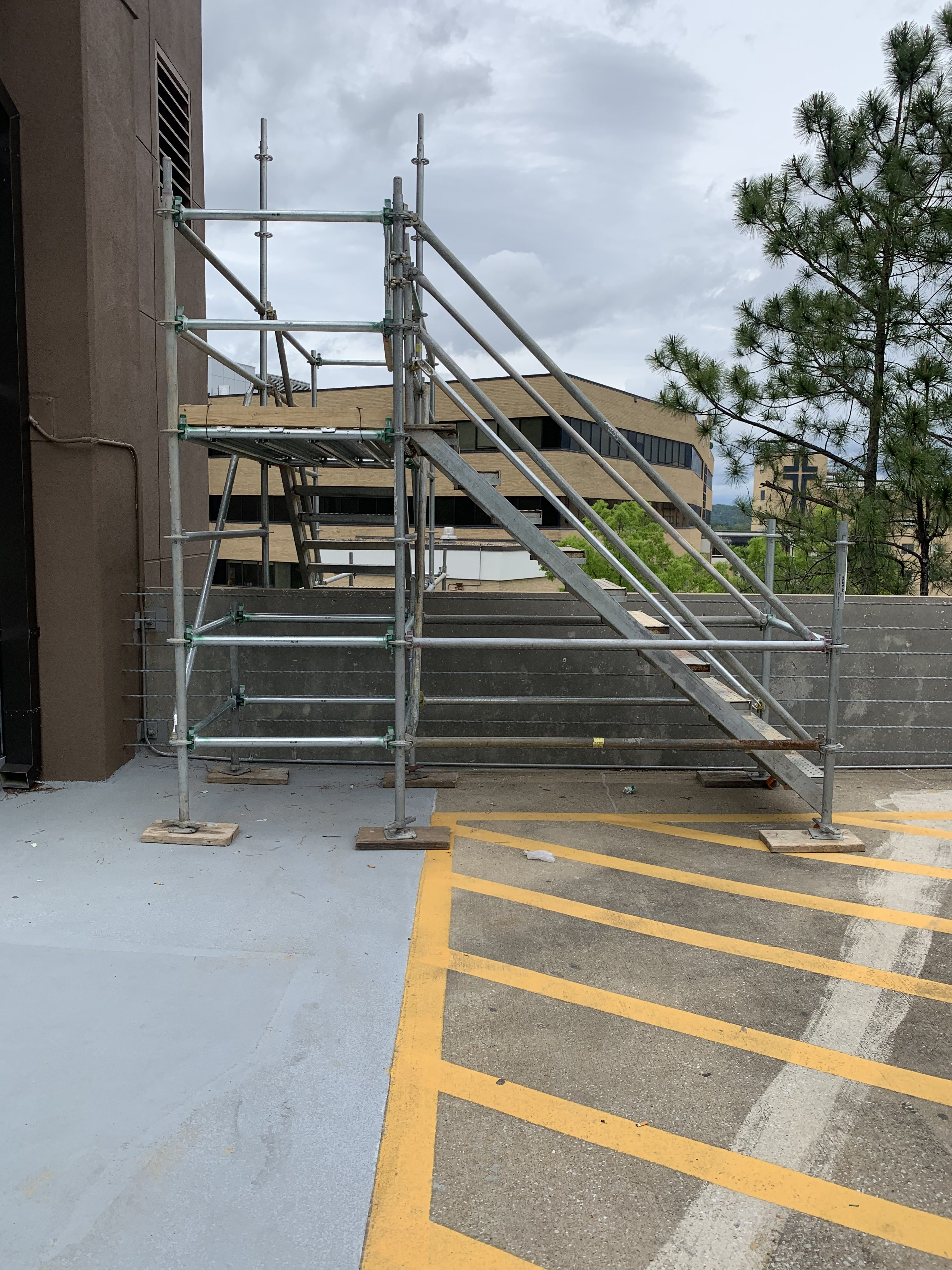 Brookwood Hospital scaffold 8
