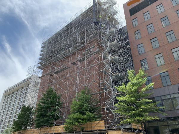 20th St and 8th Ave S scaffold project
